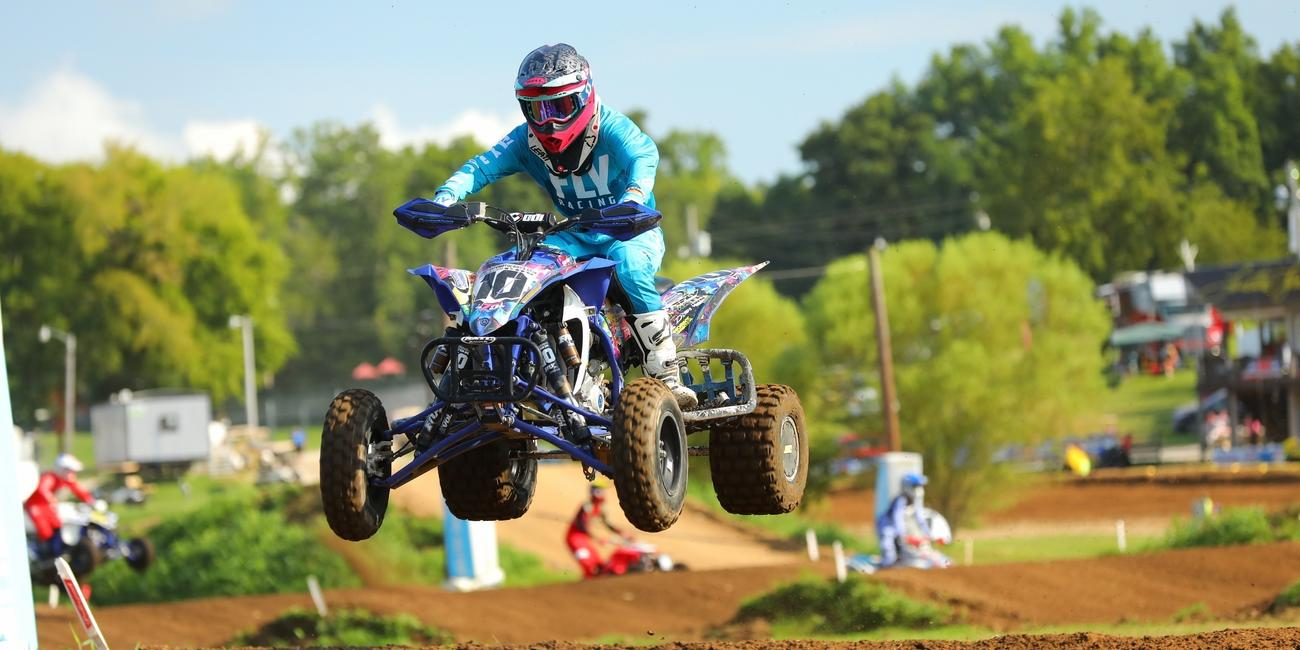 Photo Gallery: Loretta Lynn Amateur